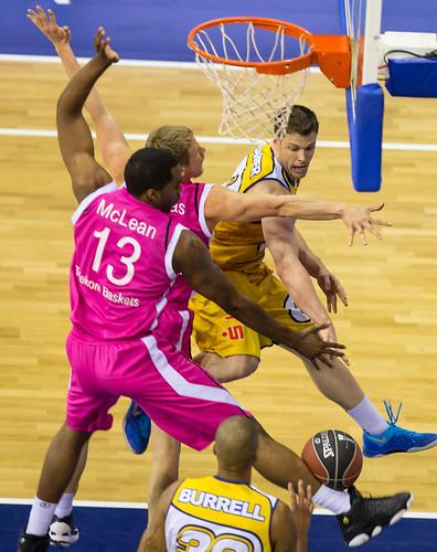 Beko BBL,Playoffs 1.Vf, EWE Baskets - Telekom Baskets Bonn, Niedersachsen, DEU, 2013,