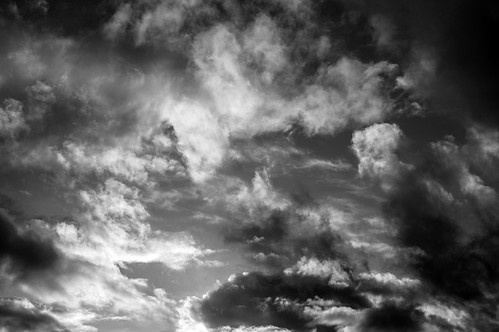 Cumulus congestus clouds with dramatic ominus looking clouds tow