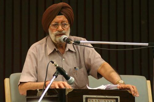 Bhupinder Singh Singing K.L.Sehgal's Songs-001