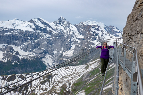430 Mürren Jolene on the Tightwire on the Thrill Walk at Birg