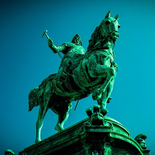#king #karlix #statue in #gothenburg #sweden 🔨 #warhammer #horse #riding #photo #photography #photographer #travel #backpacking #day #love #living #life #pride #picture #zcesyone