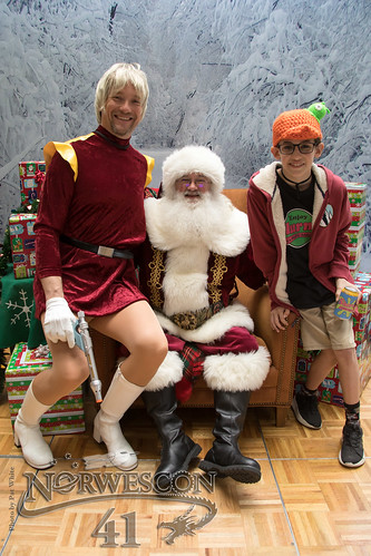NWC41 Cosplay With Santa - 14