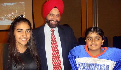 Surya Makkar and Prachi Makkar with Padmabhushan Sant Singh Chatwal in NJ USA 10-31-10