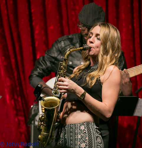 Hailey Niswanger at Jimmy Mak's, PJF,  2015 2 27 L-25
