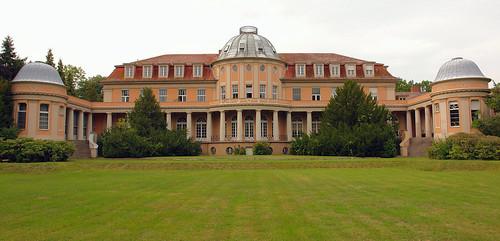 Herrenhaus Correns / Siemens-Villa (Mieter: MSB und BSP)