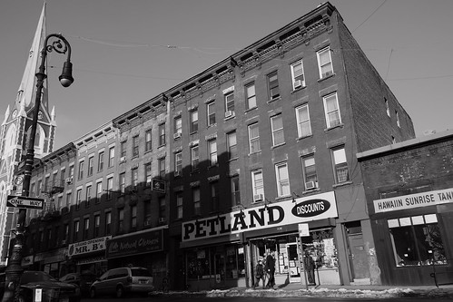 Greenpoint streetscape (b&w)