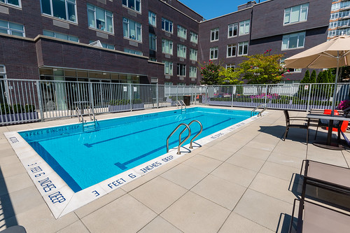 568 Union Outdoor Pool