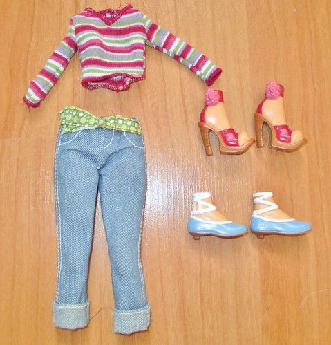 2005 My Scene Swappin' Styles Barbie Outfit
