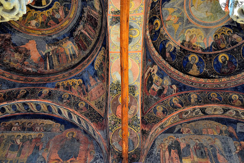 Coltea Church - The Porch ( fresco ceiling )