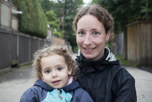 Stranger 88 / 100, Anne-Cybèle with her daughter Charlotte