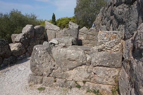 Acherontas Nekromanteion (the labyrinth)