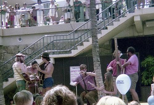 Kapakahi Jug Band