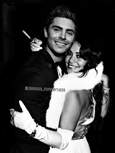 Zac Efron and Vanessa Hudgens #zacefron #vanessahudgens #boyfriend #girlfriend #zanessa #manip #cute